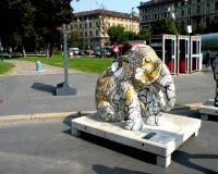 都市的横向 艺术性的大象在米兰(米兰)的中心 免版税库存照片