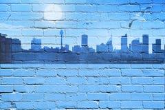 都市背景城市设计带淡红色的光芒地平线的星期日 免版税库存照片
