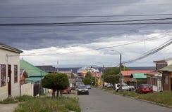 都市路在蓬塔阿雷纳斯,智利 库存图片