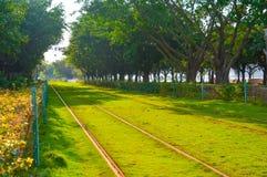 都市路轨运输和环境保护 免版税库存图片
