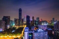 都市风景在晚上在广州,中国 免版税库存图片