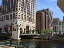 都市风景在街市密尔沃基,威斯康辛,美国 免版税库存照片