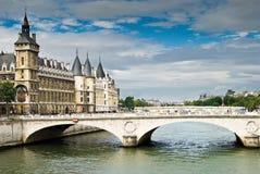 都市风景巴黎 库存照片