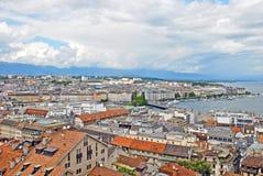 都市风景莱芒湖,瑞士视图和海岸线  免版税库存照片