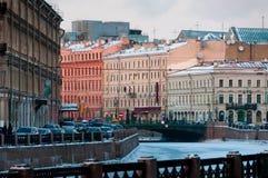 都市风景街市彼得斯堡圣徒 免版税库存图片