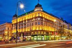 都市风景视图一个欧洲的最美丽的镇维也纳 在街道,都市生活维也纳上的人 奥地利 图库摄影