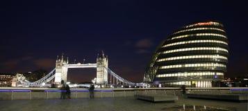 都市风景hemlets伦敦塔 免版税图库摄影