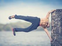 都市锻炼女子柔软体操 免版税库存照片