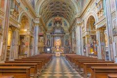 都灵,意大利- 2017年3月14日:巴洛克式的教会基耶萨二圣克罗Borromeo教堂中殿  免版税库存照片