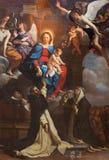 都灵,意大利- 2017年3月14日:玛丹娜和圣多明尼克和圣凯瑟琳绘画在教会切萨di圣多梅尼科里 库存图片