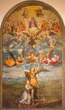 都灵,意大利- 2017年3月13日:天使Raphael、天使、圣母玛丽亚和三位一体绘画在中央寺院 免版税库存图片