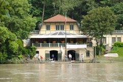 在充斥清洗在2008年5月31日的河Po以后 免版税图库摄影