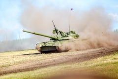 鄂木斯克,俄罗斯- 2011年7月07日:国际军事陈列 图库摄影