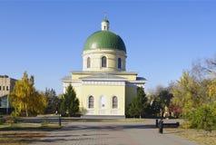 鄂木斯克,俄罗斯- 2010年10月12日:Nikolsky哥萨克军队大教堂看法  库存图片