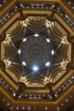 酋长管辖区宫殿在阿布扎比 免版税库存图片