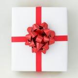 配件箱交叉线路红色丝带星形白色 免版税库存照片