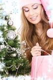 配件箱圣诞节礼品女孩辅助工圣诞老人结构树 图库摄影