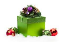 配件箱圣诞节礼品装饰品 免版税库存图片