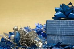 配件箱圣诞节锥体礼品 库存照片