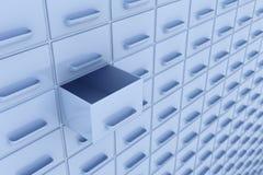配件箱把一个被开张的行装箱 免版税库存照片