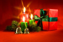 配件箱灼烧的蜡烛礼品一点xmas 库存照片