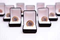 配件箱硬币珠宝 免版税库存照片