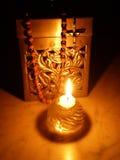 配件箱蜡烛念珠 库存照片