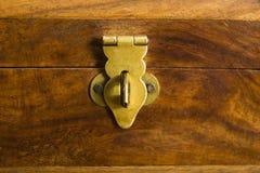 配件箱锁着木 图库摄影