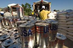 配电器洪水食物受害者 免版税图库摄影