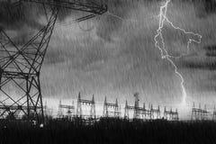 配电器闪电发电站罢工 免版税库存照片