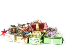 配件箱五颜六色的礼品 免版税库存照片