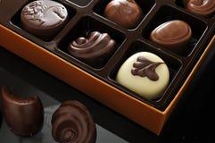 配件箱巧克力准备好的出售 图库摄影
