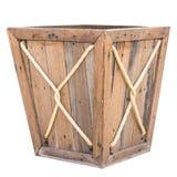 配件箱查出的木头 免版税库存图片