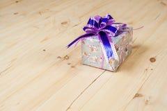 配件箱检查礼品图象类似我的投资组合 图库摄影