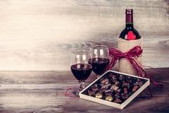 酒和巧克力 库存照片