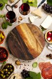 酒和快餐集合 免版税图库摄影