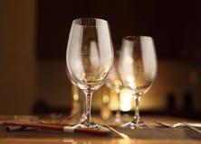 酒杯和光 免版税库存照片