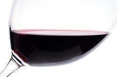 酒的接近的玻璃红色 免版税库存照片