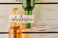 酒精危害您的心脏 免版税库存图片