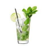 酒精在白色背景隔绝的鸡尾酒mojito 免版税库存图片