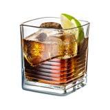 酒精鸡尾酒与在白色背景隔绝的冰的威士忌酒可乐 库存照片