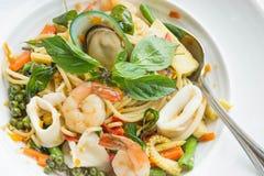 酒醉面条海鲜意粉 泰国的食物口味 库存照片