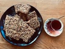 酥皮点心曲奇饼和茶快餐 库存照片