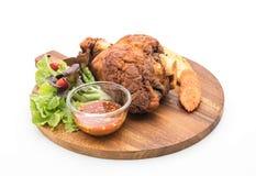酥脆猪肉指关节或德国猪肉飞腓节 免版税图库摄影