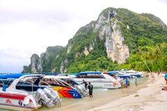 酸值发埃发埃唐海滩  krabi泰国 库存照片