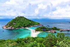 酸值陶,泰国美丽的海滩  免版税库存照片