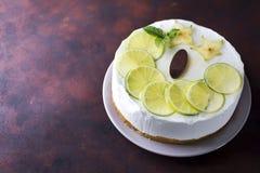 酸奶奶油甜点蛋糕 图库摄影