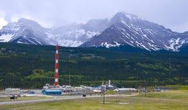 酸的天然气加工厂 库存图片
