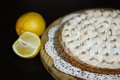 酸的柠檬饼 免版税图库摄影