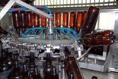 酿酒厂设备洗涤物 库存图片